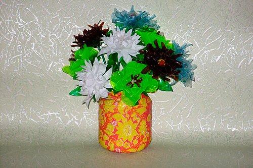Пластиковые цветы
